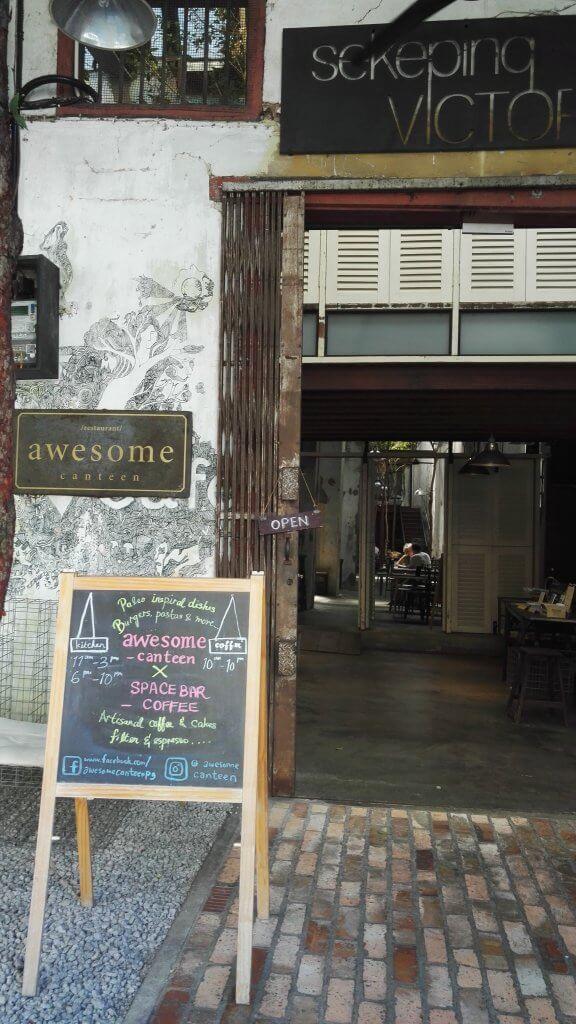 A lovely, lofty cafe