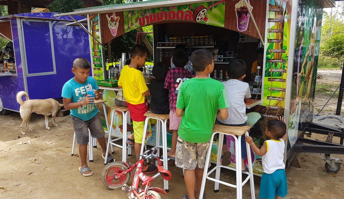Eurphon children waiting to get munchies