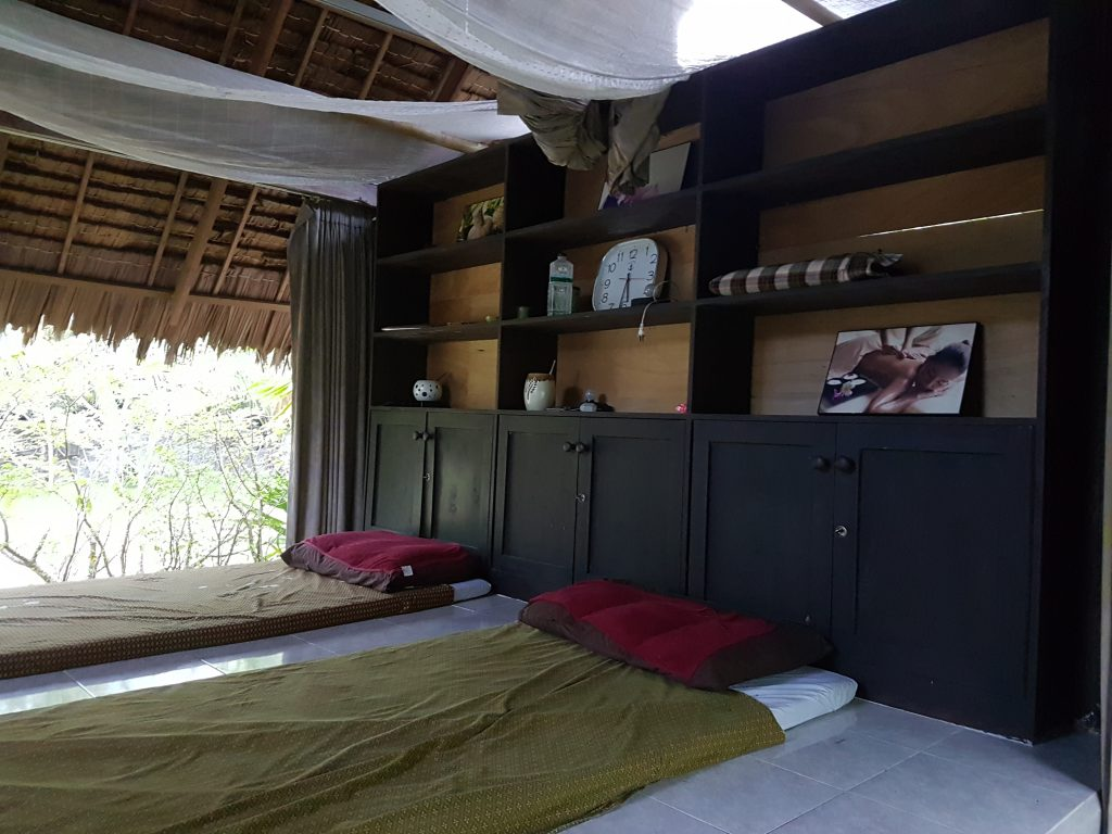 The massage area at Ban Tai Herbal Sauna