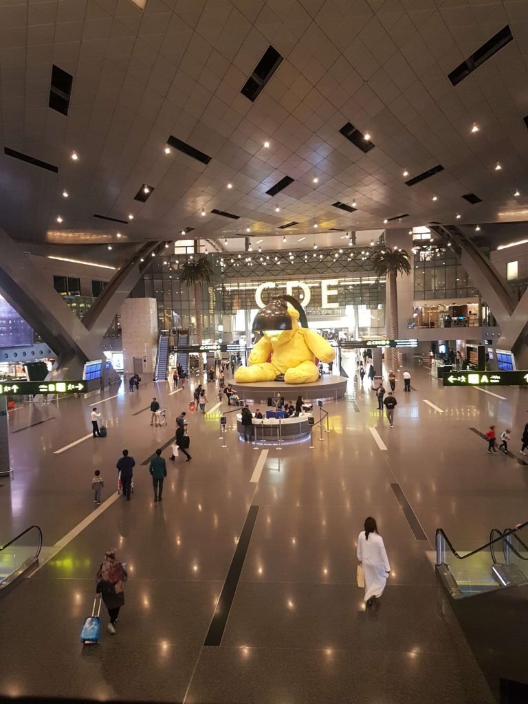 Hamad International airport and the swanky, giant hall