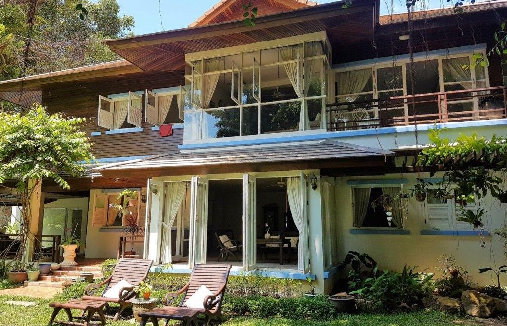The Best Place to Stay in Koh Samui (for Families, Yogis, Honeymooners and Backpackers)